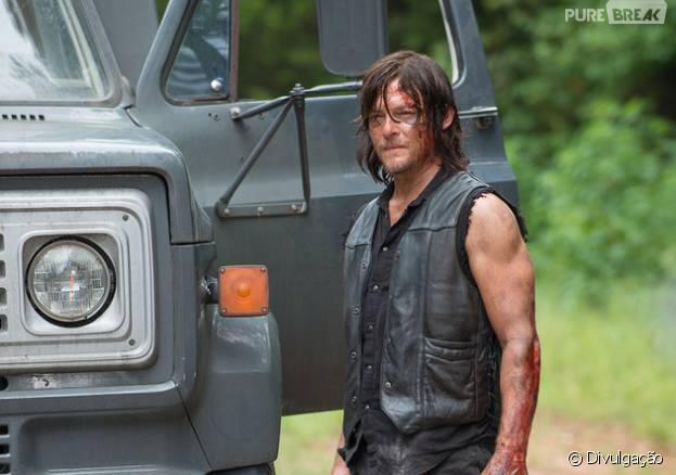"De ""The Walking Dead"", veja fotos deDaryl(Norman Reedus) e grupo no primeiro episódio de 2016!"