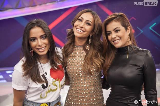 """Anitta, no """"Programa da Sabrina"""", na Record, se encontra com Li Martins, ex-Rougue e cantoras relembram sucessos do Rouge"""