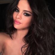 Selena Gomez posa de sutiã e super sexy para a nova edição da Love Magazine!