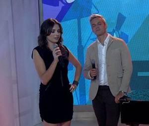 """Monica Iozzi se emocionou no último dia de apresentação do """"Vídeo Show"""" com Otaviano Costa"""