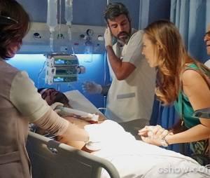 """Ninho (Juliano Cazarré) foi preso após passar por uma operação em""""Amor à Vida"""""""