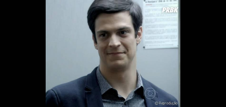 """Paulinha (Klara Castanho) ficará super feliz com sua amizade com o tio em """"Amor à Vida"""""""