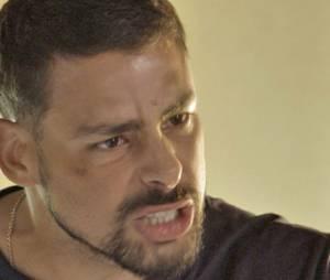 """Em """"A Regra do Jogo"""", Juliano (Cauã Reymond) perde a cabeça ao descobrir que Romero (Alexandre Nero) está vivo!"""