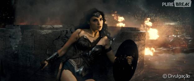 """Mulher-Maravilha (Gal Gadot) aparece em novo vídeo de """"Batman Vs Superman: A Origem da Justiça"""""""
