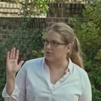 """Em """"The Walking Dead"""": na 6ª temporada, Denise (Merritt Wever) morre com tiro da arma de Daryl!"""