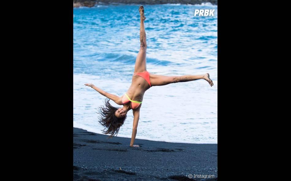 Nina Dobrev mostrou que além de estar com tudo em cima, também tem muita energia