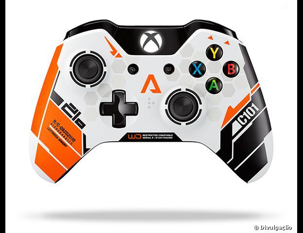 """Controle do Xbox One terá edição especial de """"Titanfall"""""""