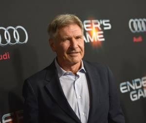 """Harrison Ford feriu o tornozelo durante as filmagens de """"Star Wars VII: O Despertar da Força"""""""