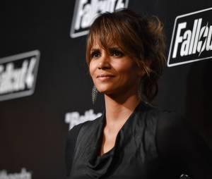 "Halle Berry bateu a cabeça enquanto filmava o longa ""The Hive"""