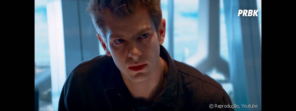 """Peter Parker (Andrew Garfield) precisa se preocupar com muitos inimigos em """"O Espetacular Homem-Aranha 2"""""""