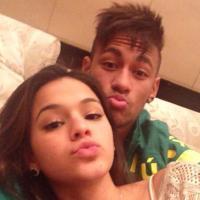 """Bruna Marquezine fala sobre namoro à distância com Neymar: """"A saudade fortalece"""""""