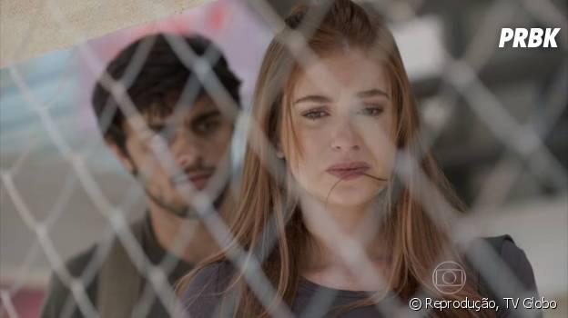 """Em """"Totalmente Demais"""",Eliza (Marina Ruy Barbosa) terminou tudo com Jonatas (Felipe Simas) porque Arthur (Fábio Assunção) precisava ganhar sua aposta"""