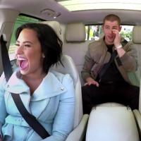"Demi Lovato e Nick Jonas participam do ""Carpool Karaoke"" com James Corden no ""Late Late Show"""