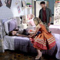 """Novela """"Cúmplices de Um Resgate"""": Isabela (Larissa Manoela) sofre acidente e chama por Regina!"""