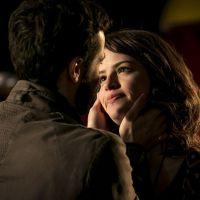 "Novela ""Haja Coração"": Giovanni (Jayme Matarazzo) faz pedido romântico para Camila e surpreende!"