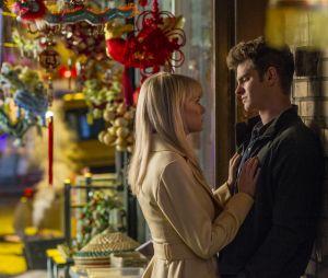 """Emma Stone é Gwen Stacy, namorada de Peter Parker (Andrew Garfield) na franquia """"O Espetacular Homem-Aranha"""""""