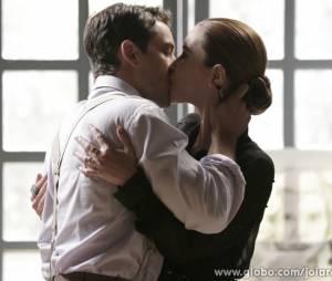"""Silvia (Nathalia Dill) eViktor (Rafael Cardoso) vão finalmente dizer """"Sim"""" em """"Joia Rara"""""""