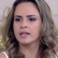 """Novela """"Haja Coração"""": Ana Paula Renault apanha de Leonora no meio da rua!"""