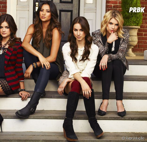 """Em """"Pretty Little Liars"""", as protagonistas inspiram os jovens com seus looks fashionistas! Confira"""