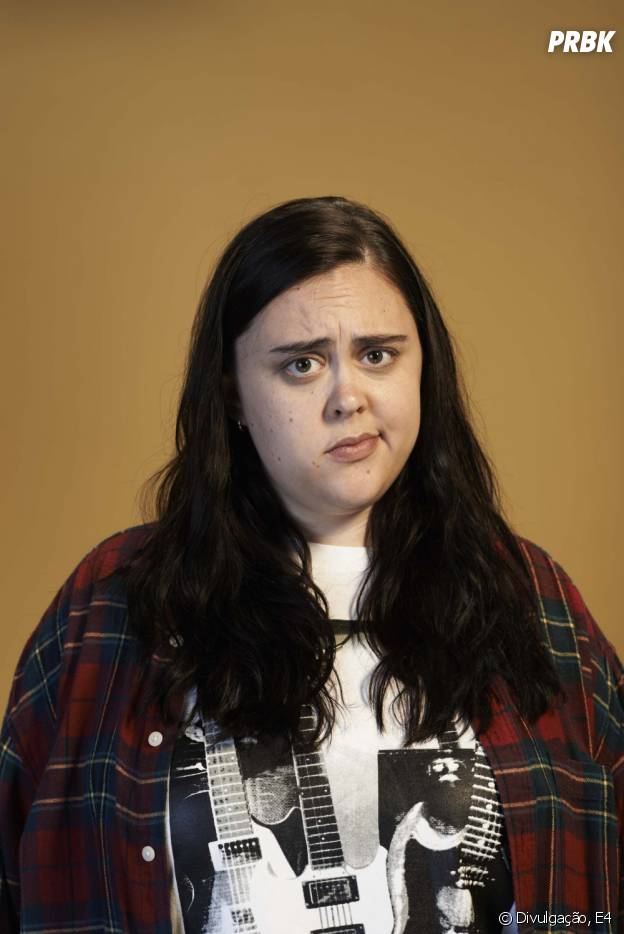 """Em """"My Mad Fat Diary"""", a protagonista é Rae (Sharon Rooney)"""