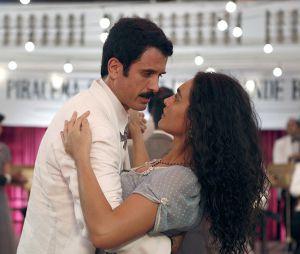 """Em """"Êta Mundo Bom!"""", Filomena (Débora Nascimento) já se envolveu com Ernesto (Eriberto Leão)"""