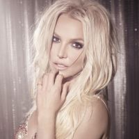 """Britney Spears lança """"Clumsy"""", um single super dançante do CD """"Glory"""" que já está dando o que falar"""