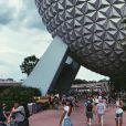 Bruna Marquezine curte férias nos parques da Disney e Universal