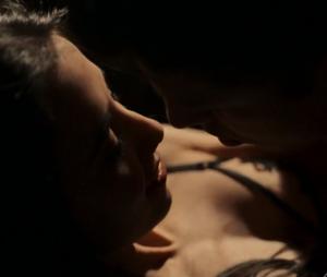 """Episódio de """"Justiça"""" desta sexta (26) temCauã Reymond e Marjorie Estiano fazendo sexo"""