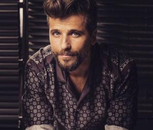 """Bruno Gagliasso, de """"Sol Nascente"""", fala sobre família e carreira"""