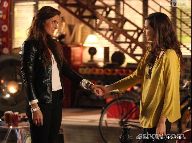 """Marina (Tainá Müller) convida Clara (Giovanna Antonelli) para morar com ela na história de """"Em Família"""""""