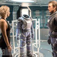 """Jennifer Lawrence e Chris Pratt estampam cartaz oficial de """"Passengers"""", nova ficção científica"""