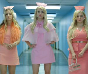 "Na segunda temporada de ""Scream Queens"", as Chanels vão aperecer como enfermeiras sexy"