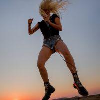 """Lady Gaga lança """"Perfect Illusion"""", primeiro single de seu novo álbum. Confira!"""