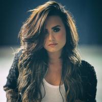 Demi Lovato volta a falar sobre bullying e desabafa sobre episódio bizarro que viveu na infância!
