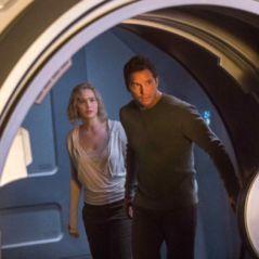 """Jennifer Lawrence e Chris Pratt aparecem em novas imagens de """"Passageiros"""", nova ficção científica"""