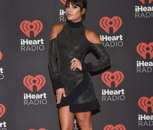 "Lea Michele, de ""Scream Queens"", anunciou performance de Ariana Grande no iHeartRadio Music Festival 2016"
