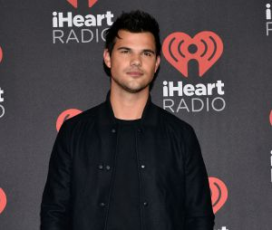 "Taylor Lautner pode ser visto na série""Scream Queens"","