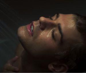 """Garrett Clayton, astro da Disney, interpreta ator pornô gay em filme com James Franco! Veja trailer de """"King Cobra!"""