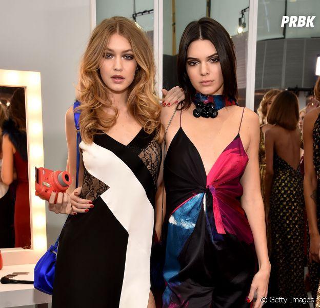 Kendall Jenner e Gigi Hadid nos bastidores da passarela