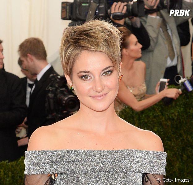 De cabelo curto e loiro, Shailene Woodley aparece pela primeira vez com o novo visual