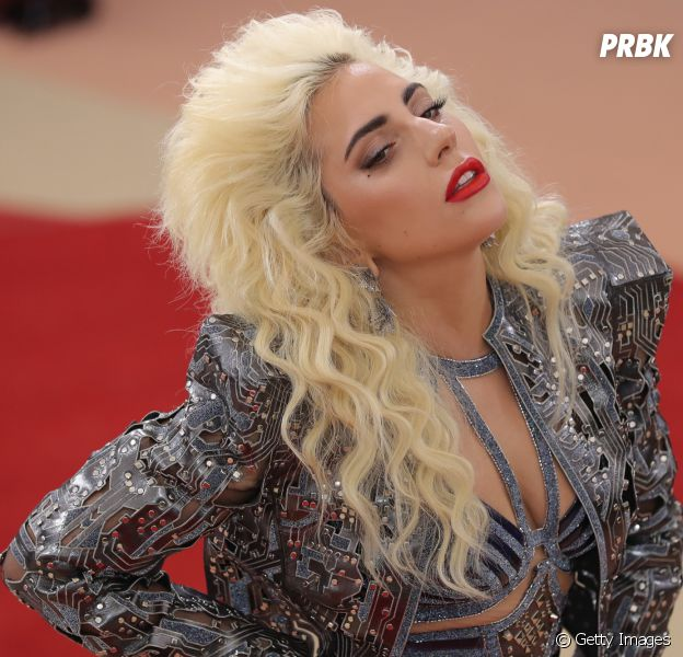 """Lady Gaga e Bradley Cooper vão viver um romance em """"Nasce Uma Estrela"""""""