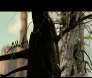 Thunderbird: vale lembrar que o pássaro só aparece no filme! A ave tem parentesco com a fênix e consegue pressentir o perigo, criando tempestades enquanto voa