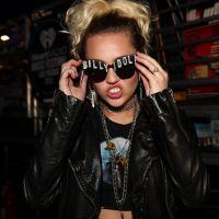 """Miley Cyrus faz aniversário de 24 anos e fãs comemoram no Twitter: """"Parabéns, meu amor!"""""""