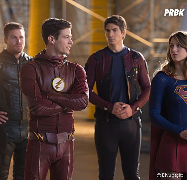 "Em ""The Flash"", ""Arrow"", ""Supergirl"" e ""Legends of Tomorrow"": time sofre com impacto das mudanças no crossover!"