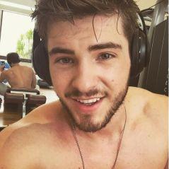 """Cody Christian, de """"Teen Wolf"""", aparece pelado em vídeo e se revolta: """"Não quer sair de casa"""""""