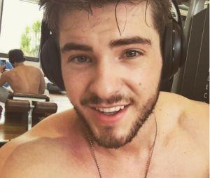 """Cody Christian, de """"Teen Wolf"""" está bastante abalado após vazamento de vídeo íntimo"""