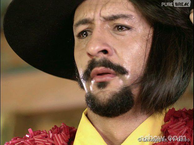 """Em """"Meu Pedacinho de Chão"""", Zelão (Irandhir Santos) fica apavorado com a possibilidade de perder Juliana(Bruna Linzmeyer)!"""