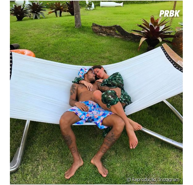 Bruna Marquezine e Neymar Jr. curtem Valentine's Day juntos!