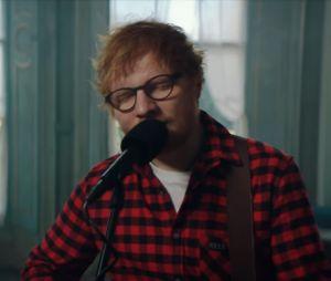"""Ed Sheeran lança música nova no dia do seu aniversário. Ouça """"How Would You Feel (Paean)"""""""