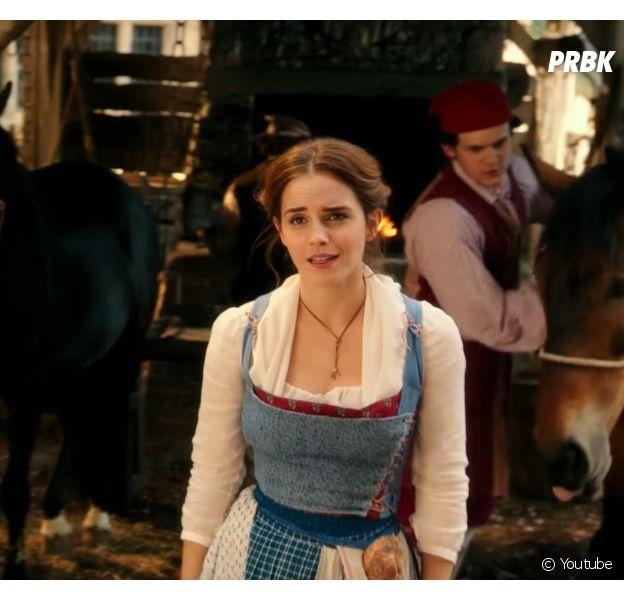 """Veja Emma Watson cantando em novo vídeo de """"A Bela e a Fera"""""""